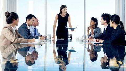 Forskning generelt om kjønnsbalansen i styrer har påvist at menn og kvinner har forskjell i karakteristika som styremedlemmer, skriver artikkelforfatteren.