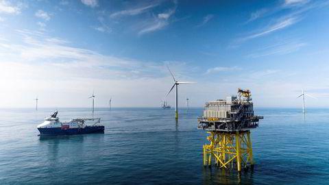 Equinor legger frem nye ambisjoner for sin fornybarsatsing. Her fra selskapets felleseide vindparkprosjekt Dudgeon utenfor England med en kapasitet på 402 MW - nok til å forsyne rundt 410.000 britiske husholdninger med strøm.