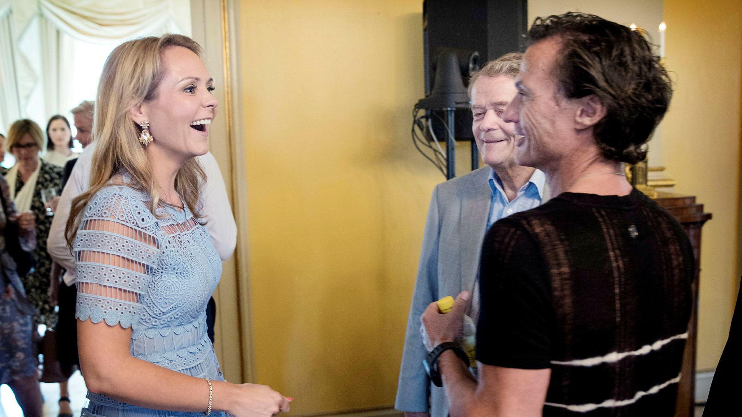 Barne- og likestillingsminister Linda Hofstad Helleland, Knut Hartvig Johannson (Norgesgruppen) og Petter Stordalen (Choice) er til stede på topplederkonferansen i Parkveien.