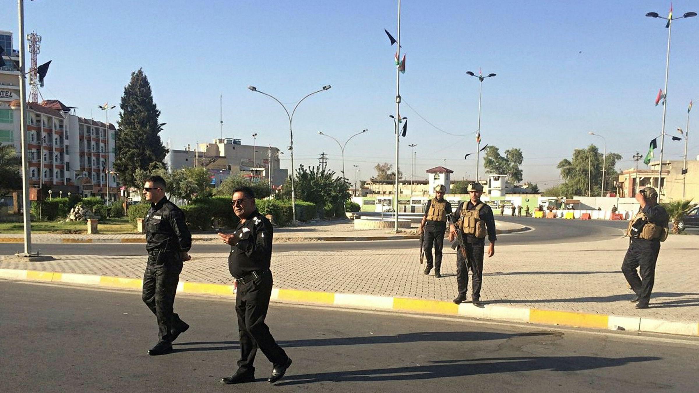 Lokalt politi er utplassert i Kirkuk, som ligger cirka 29 mil nord for Bagdad.