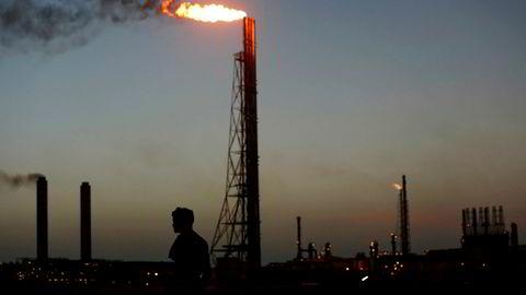 Avbildet er et oljeanlegg i det kriserammede oljelandet Venezuela. landet var med å starte oljekartellet Opec i 1960, og sluttet seg til kuttavtalen onsdag.