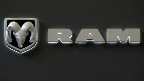 Fiat Chrysler tilbakekaller over en million biler av modellen Ram på grunn av mulig feil i programvaren.
