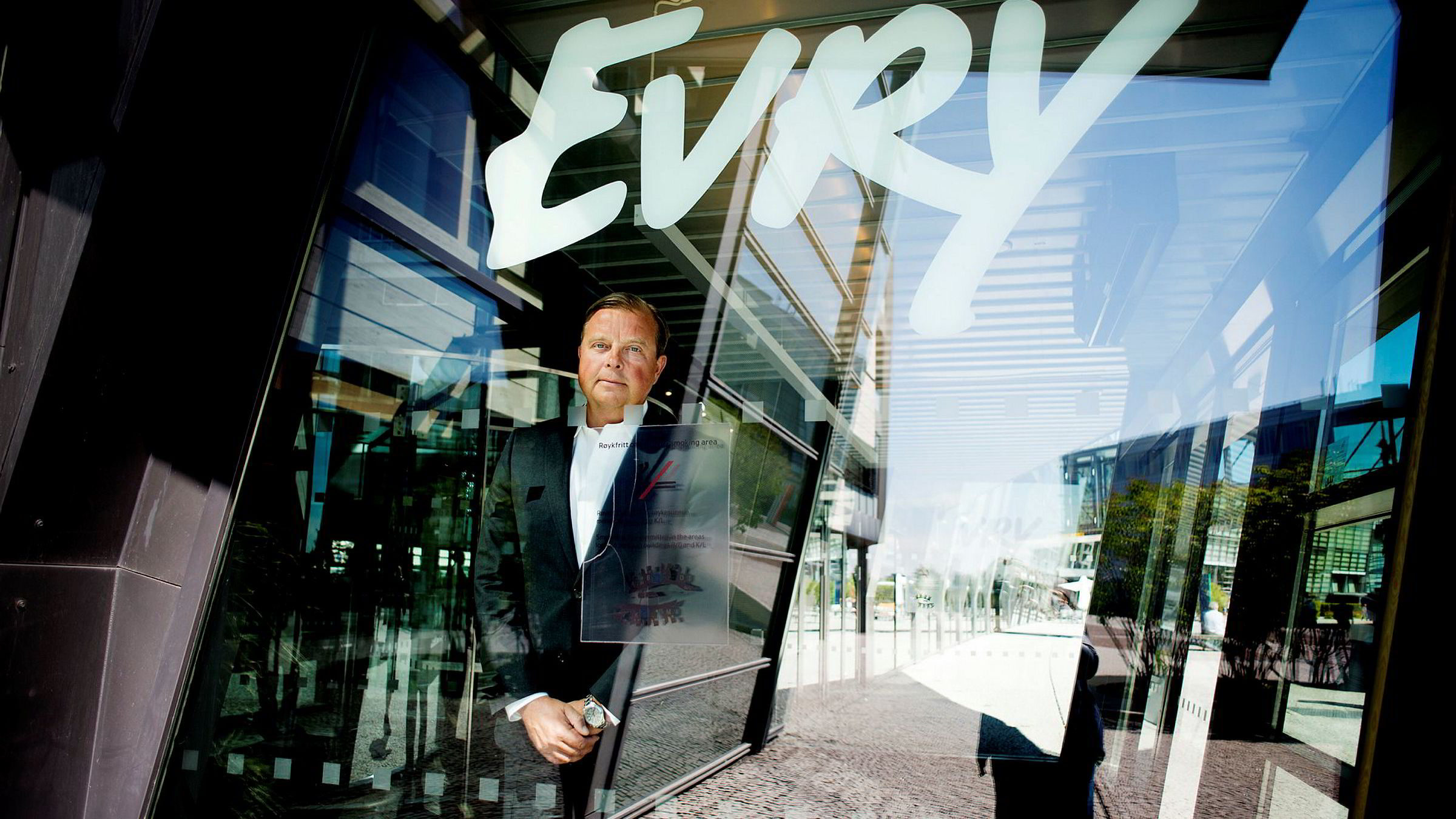 Konsernsjef Björn Ivroth i Evry må på vegne av selskapet betale fire millioner kroner til en kunde dersom en dom i Oslo tingrett blir stående.