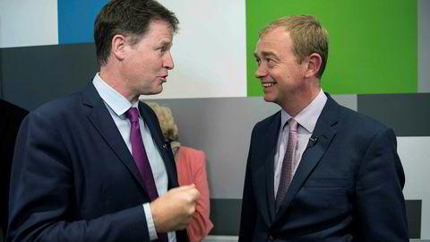 Liberaldemokratenes leder Tim Farron (til høyre) har utelukket at partiet vil gå inn i en koalisjon med De konservative. Partiets tidligere leder Nick Clegg, som satt i en koalisjonsregjering fra 2010 til 2015, har mistet plassen i Parlamentet.