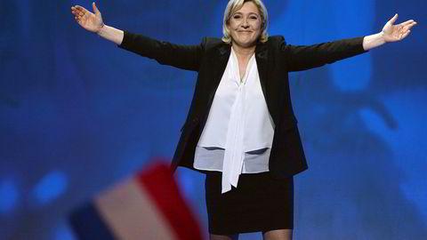 Det går mot et svært spennende presidentvalg i Frankrike i april. Ekspertene utelukker ikke at Marine Le Pen vinner til slutt.