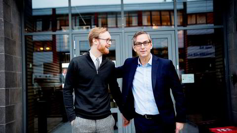 Magnus Svorstøl Lie (30) er ansatt i Microsoft og fungerer som rådgiver for den 19 år eldre Atea-sjefen Michael Jacobs (49).