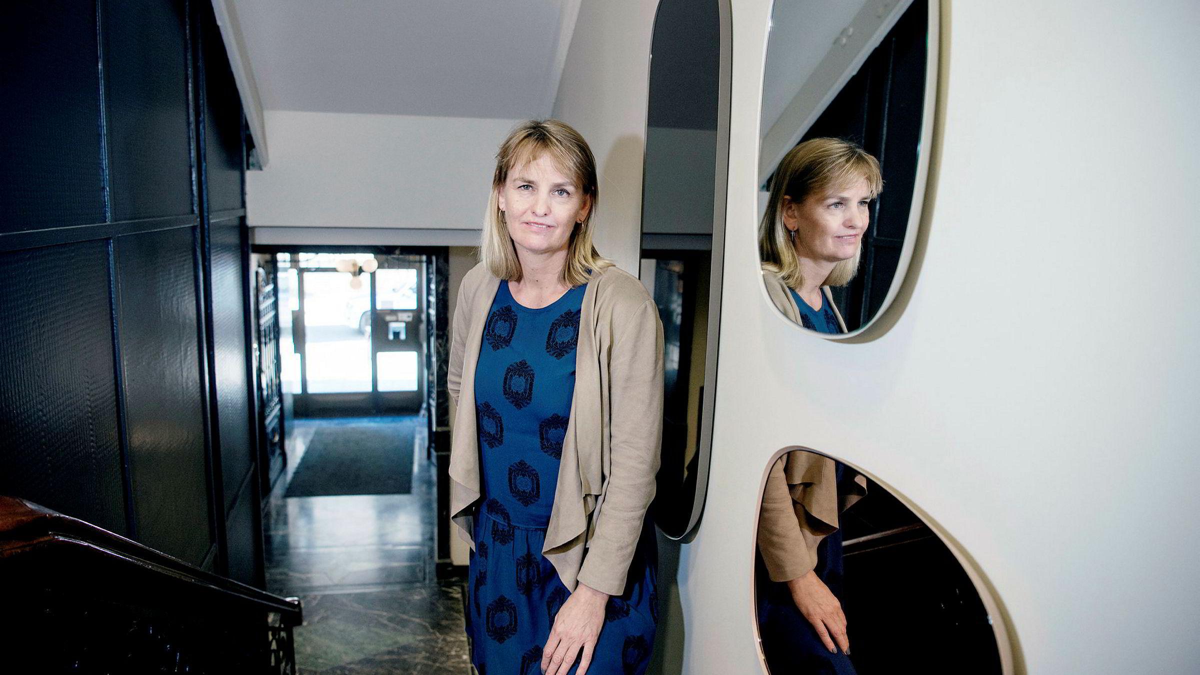 Administrerende direktør i Mediebedriftenes Landsforening, Randi S. Øgrey, vil kjempe for å unngå at fritaket for arbeidsavgift tar for lang tid å innføre.