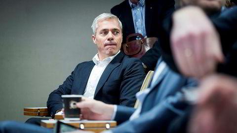 Dag Rasmussen, sjef og eier i Rasmussengruppen, lar seg utvanne i Propr for å betale for tv-reklame.