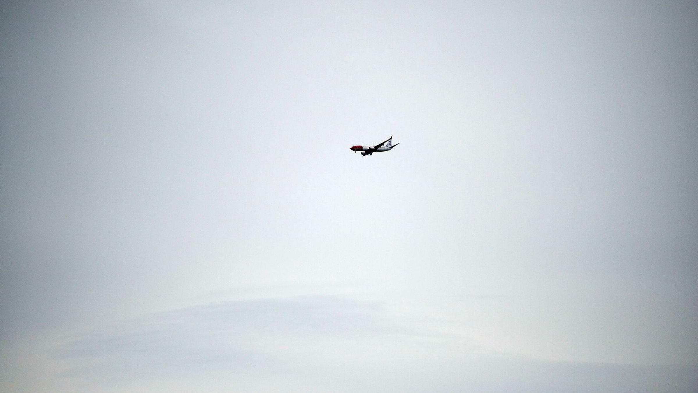 Et Norwegian-fly på vei fra Stockholm til Marokko ble tvunget til å lande i Frankrike.