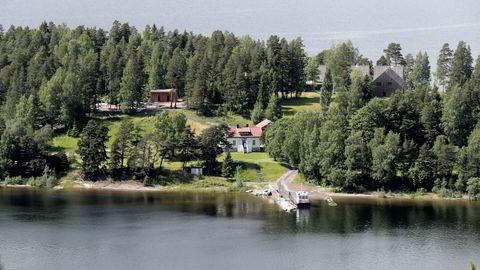 Utsikt over Utøya fra åsen. I september starter opptakene til Erik Poppes film om terroren der. Foto: Lise Åserud / NTB scanpix