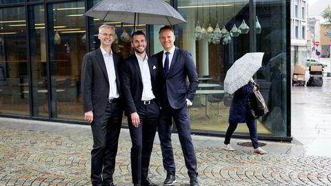 Påtroppende NHH-rektor Øystein Thøgersen (fra venstre), Stacc-gründer Henrik Lie-Nielsen og konsernsjef Jan Erik Kjerpeseth i Sparebanken Vest er med i styringsgruppen når fintech-miljøet i Bergen samles under én paraply, kalt Finance Innovation.