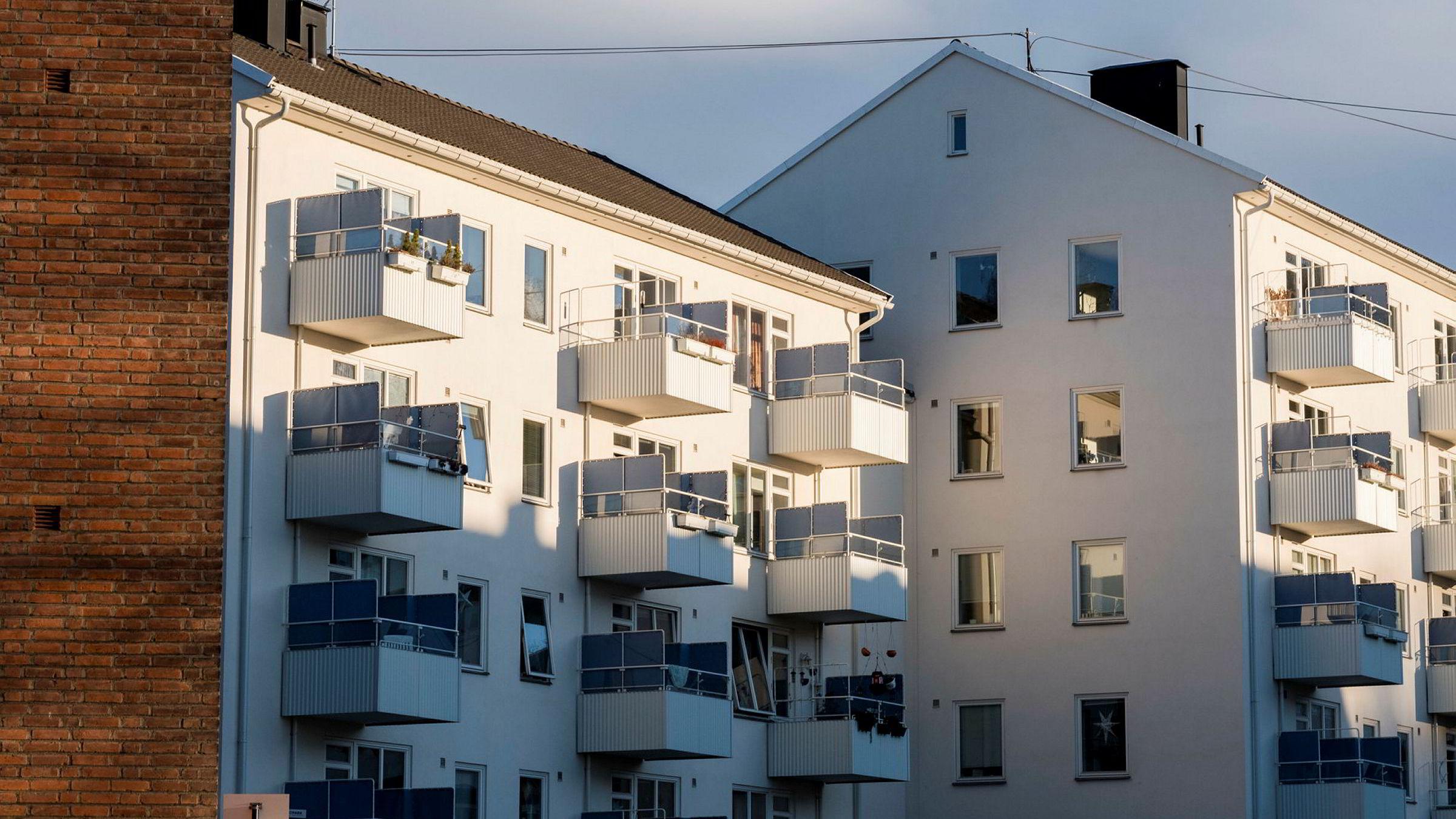 Etter en periode med kraftig vekst, vil prisene på Oslo-boliger fremover utvikle seg mer på linje med resten av landet, mener analytikerne i meglerhuset Nordea Markets.