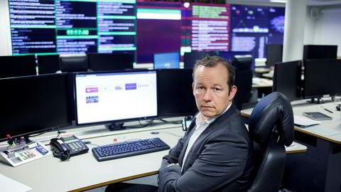 Ikt-direktør Hans Christian Pretorius i Nasjonal sikkerhetsmyndighet uttaler seg om Kina og Canadas avtale om å stoppe statlig finansiert dataangrep mot hverandres private sektor.