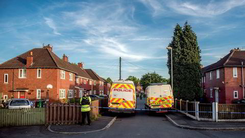 Politiet sperret av området rundt boligen til Salman Abedi, den antatte selvmordsbomberen i Manchester. Salman Abedi, som sto bak terrorangrepet i Manchester, bodde i området Fallowfield i Manchester. Beboerne har mange tanker rundt at ham kommer fra dette området.