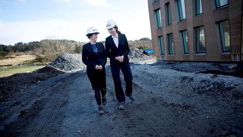 Heidi Wolden (til venstre) blir ny konsernsjef i Kruse Smith-konsernet. Til høyre styreleder Sissel Leire.