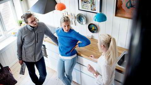 Sverre Ellingsen og Marit Svälas var på visning hos eiendomsmegler Thea Egeland fra Aktiv Sagene for noen uker siden.