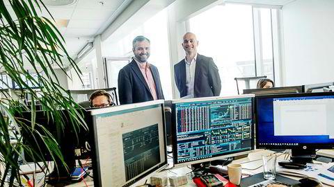 De to gründerne Kristian Nesbak (til venstre) og Morten Lindeman i børsterminalselskapet Infront vil sikre seg kapital for et oppkjøpsraid i Europa.