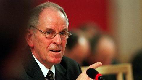 Tidligere samferdselsminister Kjell Opseth (Ap) er død. Han ble 81 år gammel.