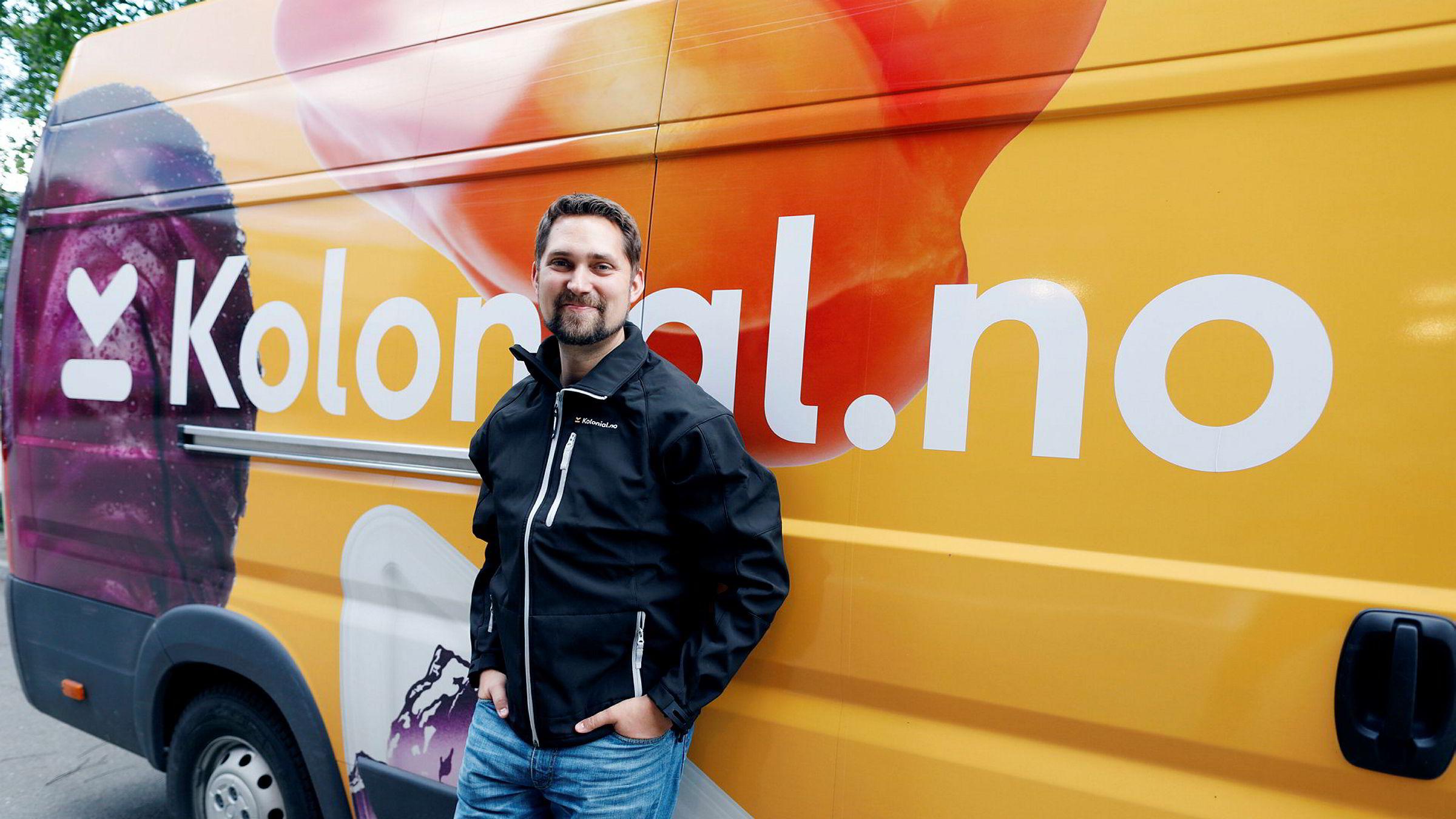 Gründer Karl Alveng Munthe-Kaas i Kolonial.no har sett flere av konkurrentene innen dagligvarer på nett forsvinne i løpet av kort tid. Selskapet kan vise til kraftig vekst, men taper fortsatt penger.