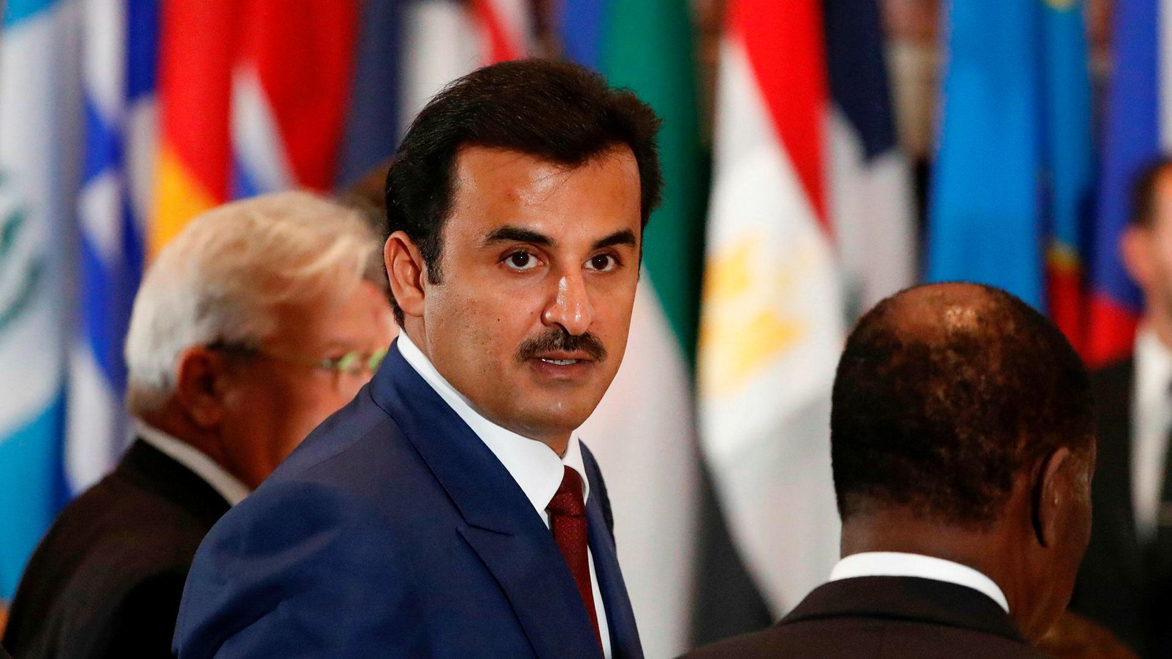 Qatars emir Tamim bin Hamad al-Thani snakket lørdag med Saudi-Arabias kronprins Mohammed bin Salman om å drøfte den diplomatiske konflikten,