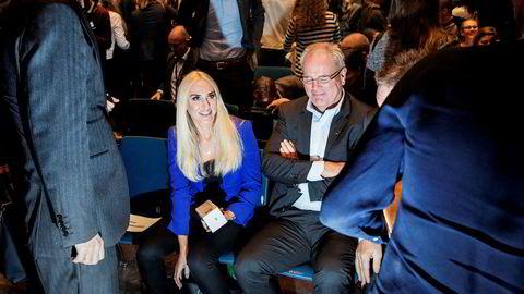 Marine Harvest-styremedlem Cecilie Fredriksen og styreleder Ole Eirik Lerøy har store forhåpninger til laksemarkedet i Kina nå som forholdet til Norge er normalisert.
