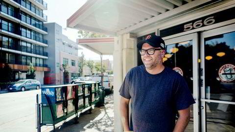 Einar Vollset solgte epostselskapet han var med å grunnlegge, til Google i 2010. I dag rådgir han oppstartsselskaper fra basen sin i Santa Cruz i California. Han svarer kontant nei på spørsmålet om han ville rådet et gründerselskap til å skrive under på en avtale lik den Schibsted tilbød Snapsale.