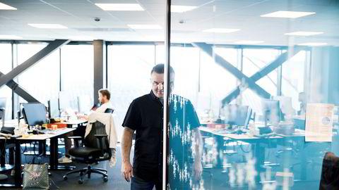 Axel Borge er daglig leder i Sesam.io, et selskap som har laget en app som skal gi forbrukere hjelp til innsyn i data som finnes om dem og sletting av persondata.
