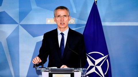 Generalsekretær Jens Stoltenberg skal lede et arbeid for å kartlegge svakheter ved Natos beslutningsprosess. Deretter skal tiltak diskuteres.