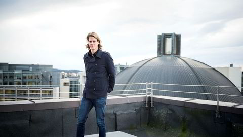 Seniorøkonom Torbjørn Bull Jenssen i Menon Economics er overbevist om at den elleville kursstigningen i bitcoin ikke vil vare i skyene.