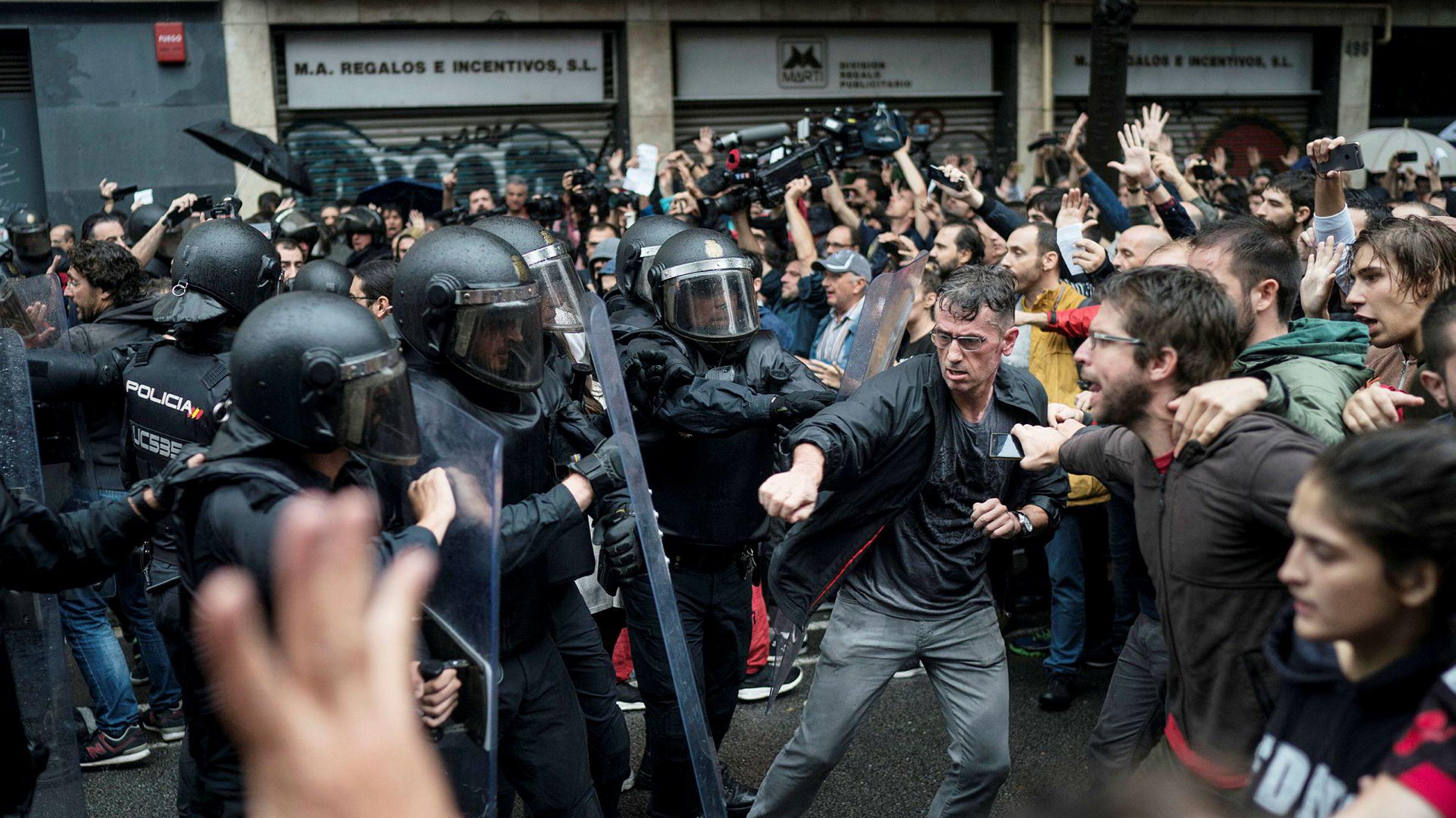 Den stadig mer opphissede situasjonen i Catalonia, risikerer å skape problemer også i andre europeiske land med regioner som er lite velvillige til sentralmakten, mener artikkelforfatteren.