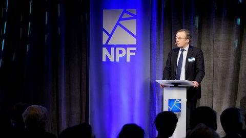 Professor Dieter Helm ved universitetet i Oxford satte en støkk i forsamlingen på det oljepolitiske seminaret i Sandefjord onsdag.