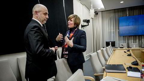 Leder i kontrollkomiteen i Stortinget, Dag Terje Andersen, er litt fornøyd med en innrømmelse fra finansminister Siv Jensen i hennes brev til komiteen, men det er ikke Christine Meyer. ( t.h.)