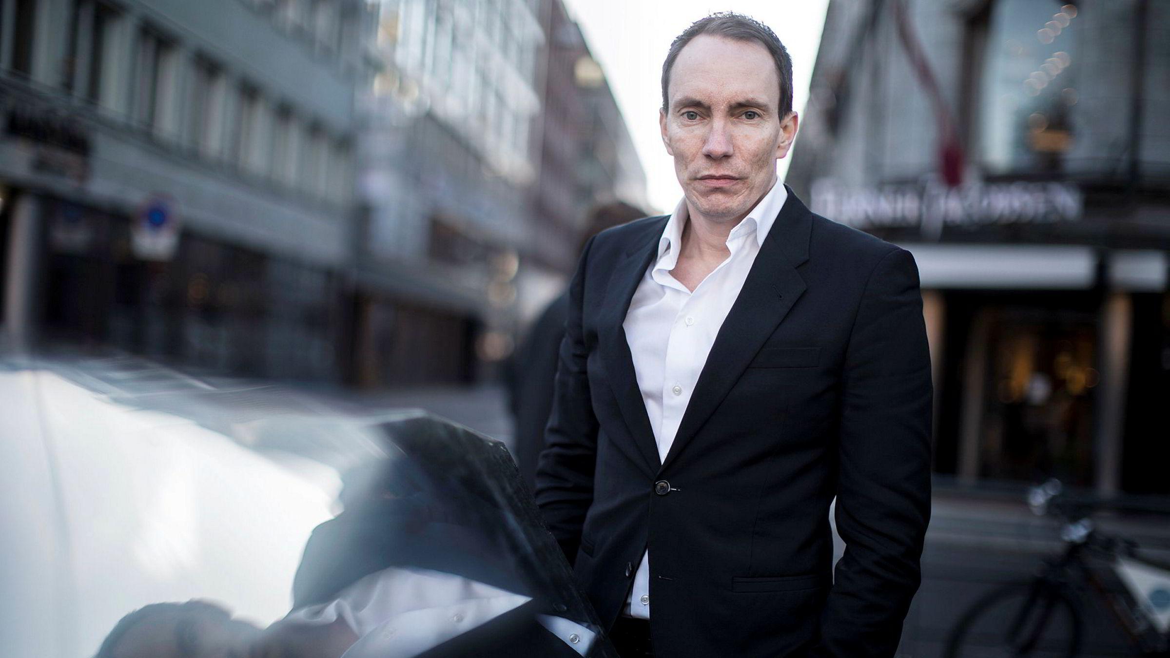 Gründeren Erik Egenæs i The Nordic Group har reagert kraftig på inndragelse av konsesjonen til datterselskapet Nordic Securities. Nå er datterselskapet omfattet av siktelse og etterforskning av Økokrim.