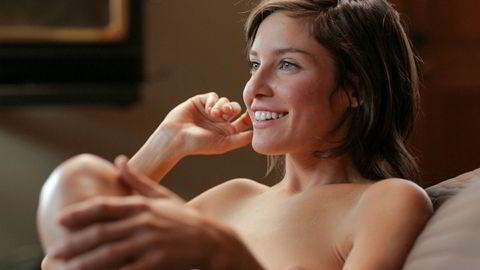 Gründerne bak OMGYes har gått vitenskapelig til verks for å finne ut hvordan kvinner får orgasme. Zoey er en av kvinnene som viser hvordan hun liker å onanere på opplysningsnettstedet gründerne har opprettet.