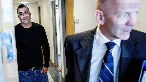 Tommy Sharif (til venstre) slipper unna de mest alvorlige anklagene og kan få en tilståelsesdom på 10 måneders fengsel. Her sammen med bobestyrer Christian Lundin.--