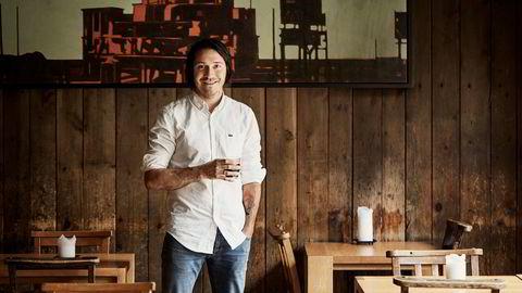 Kokk og eier av Delicatessen, Rodrigo Belda, er aktuell med boken «Smak spansk».