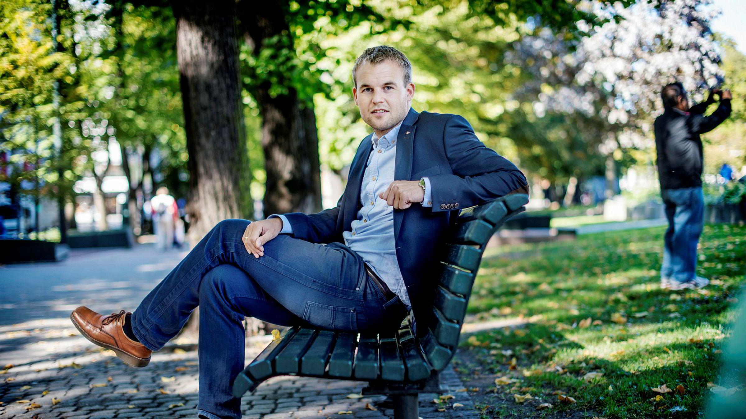 Kjell Ingolf Ropstad og KrF jobber for å få vekk avgiftsfordelen for utenlandshandel.