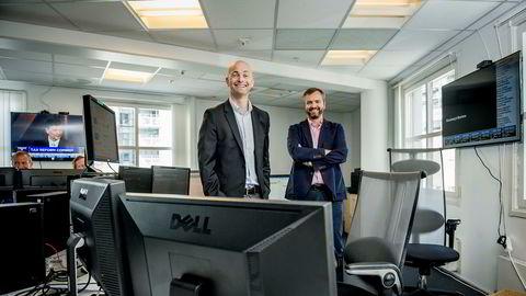 Morten A. Lindeman (til venstre) og Kristian Nesbak har skapt en pengemaskin på salg av aksjekurser i realtid.