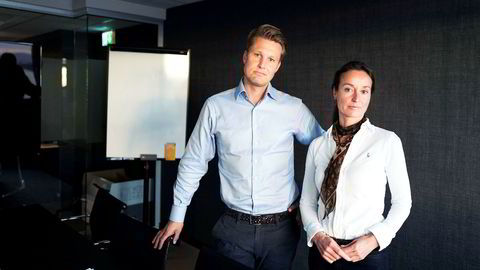 Meglerhuset Sem & Johnsens toppsjef Christoffer Askjer og kvalitetssjef Merete Nordvik bekrefter at deres megler visste at de to bygårdene som ble formidlet skulle videre til Oslo kommune. De fastholder at Sem & Johnsen ikke har gjort noe galt.