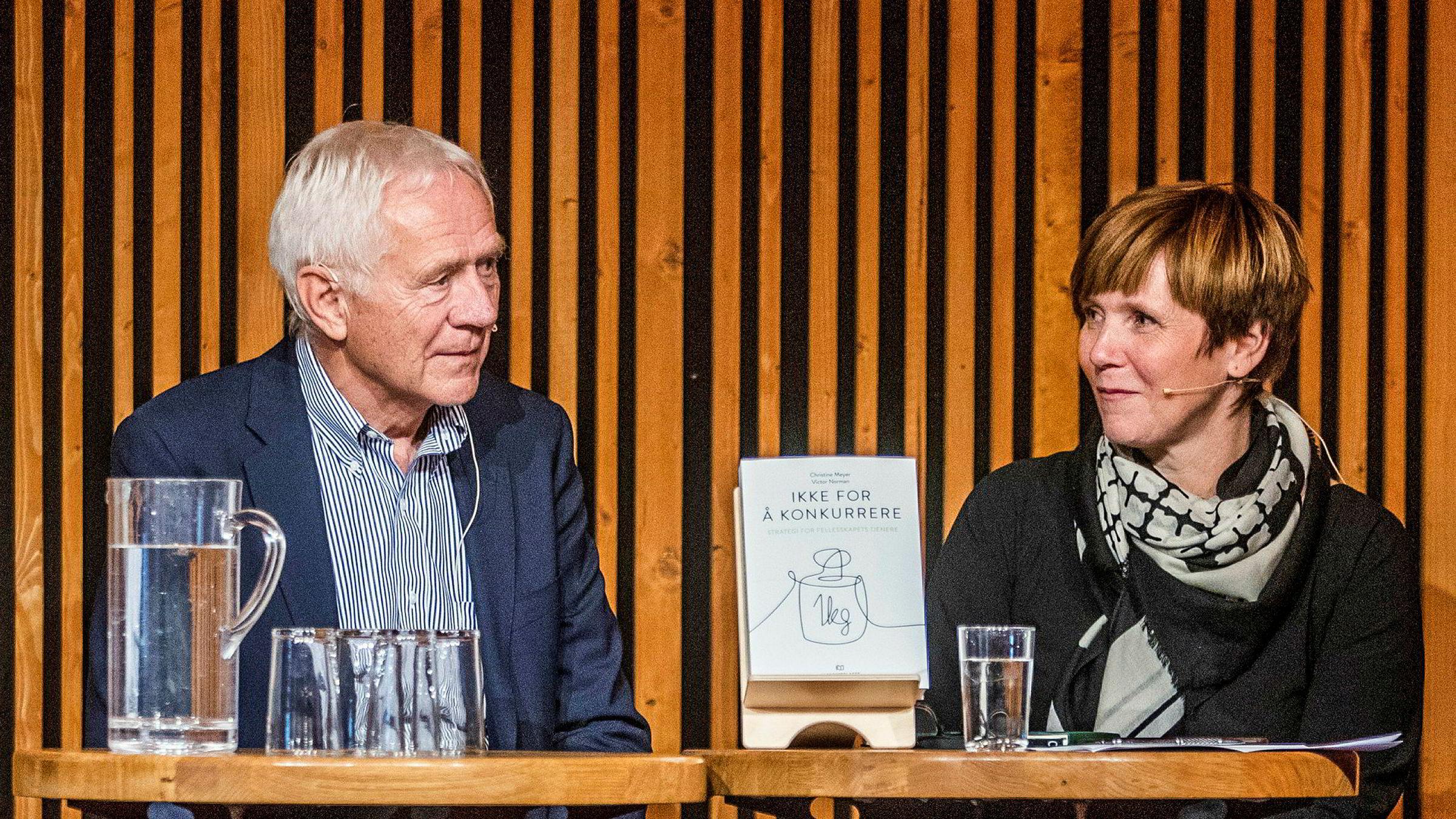 Christine Meyer og Victor Norman lanserte i høst boken «Ikke for å konkurrere - Strategi for fellesskapets tjenere».