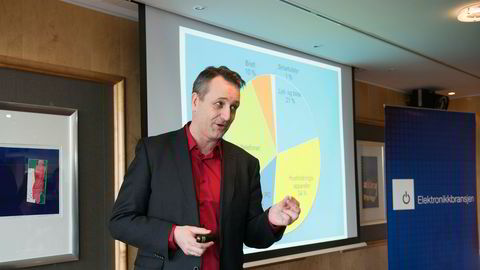 Administrerende direktør i Elektronikkbransjen Jan A. Røsholm melder om rekordomsetning for forbrukerelektronikk i Norge.