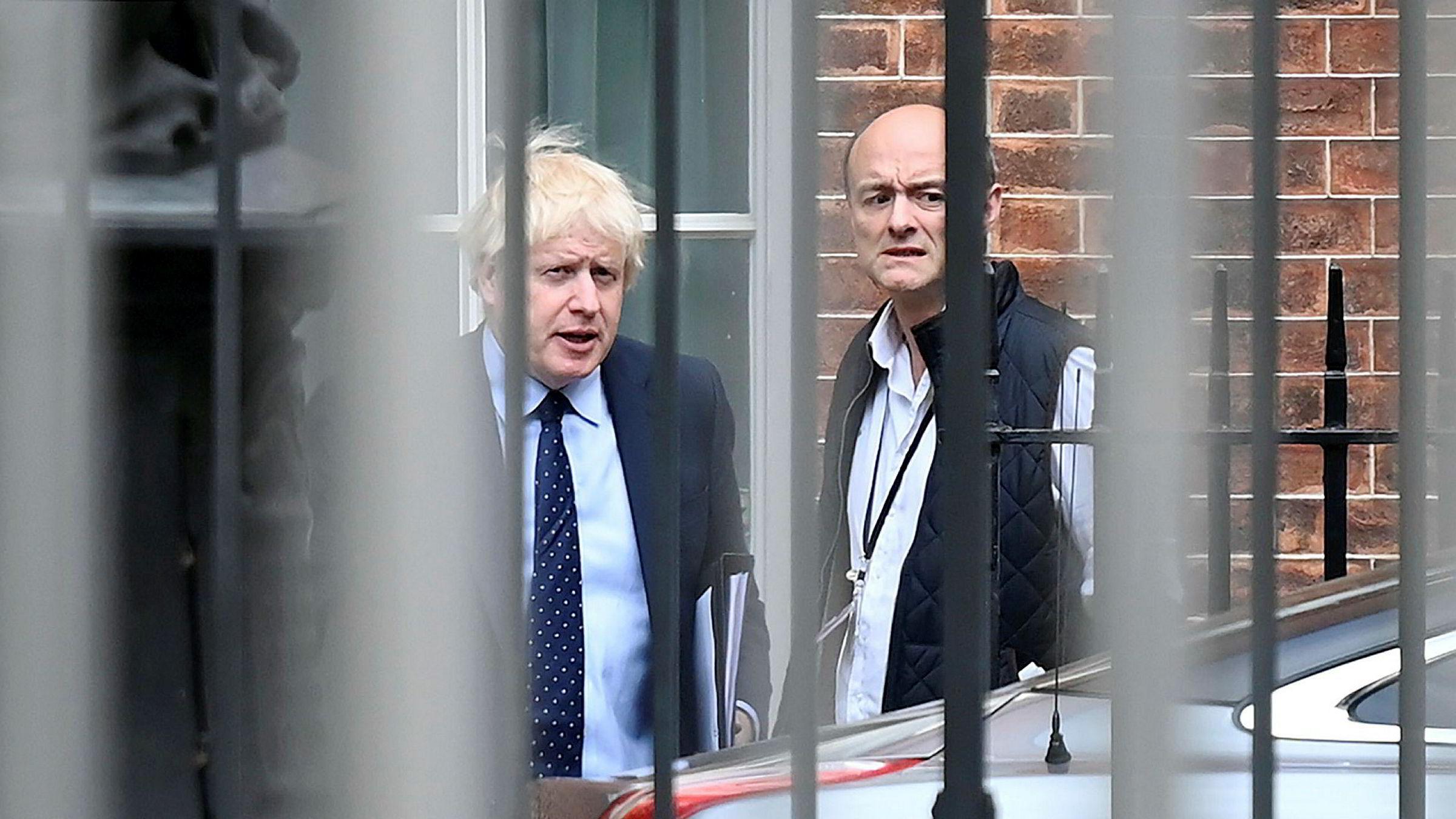 Ved nyttårstid skrev Dominic Cummings (til høyre), sjefrådgiveren til Storbritannias statsminister Boris Johnson, et blogginnlegg der han annonserte en ny rekrutteringspolitikk i landets politiske ledelse.
