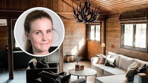 Karoline Wahl-Westreng (29) og samboeren har kjøpt hytte for første gang. Rekordmange har gjort som samboerparet og kjøpt hytte i år. Spesielt i sommermånedene har det vært stor pågang i hyttemarkedet viser fersk statistikk fra Eiendom Norge.