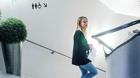 Sandra Bruflot har tatt over som leder for et Unge Høyre som ligger nede med brukket rygg etter at historier om ukultur, alkohol og seksuell trakassering.