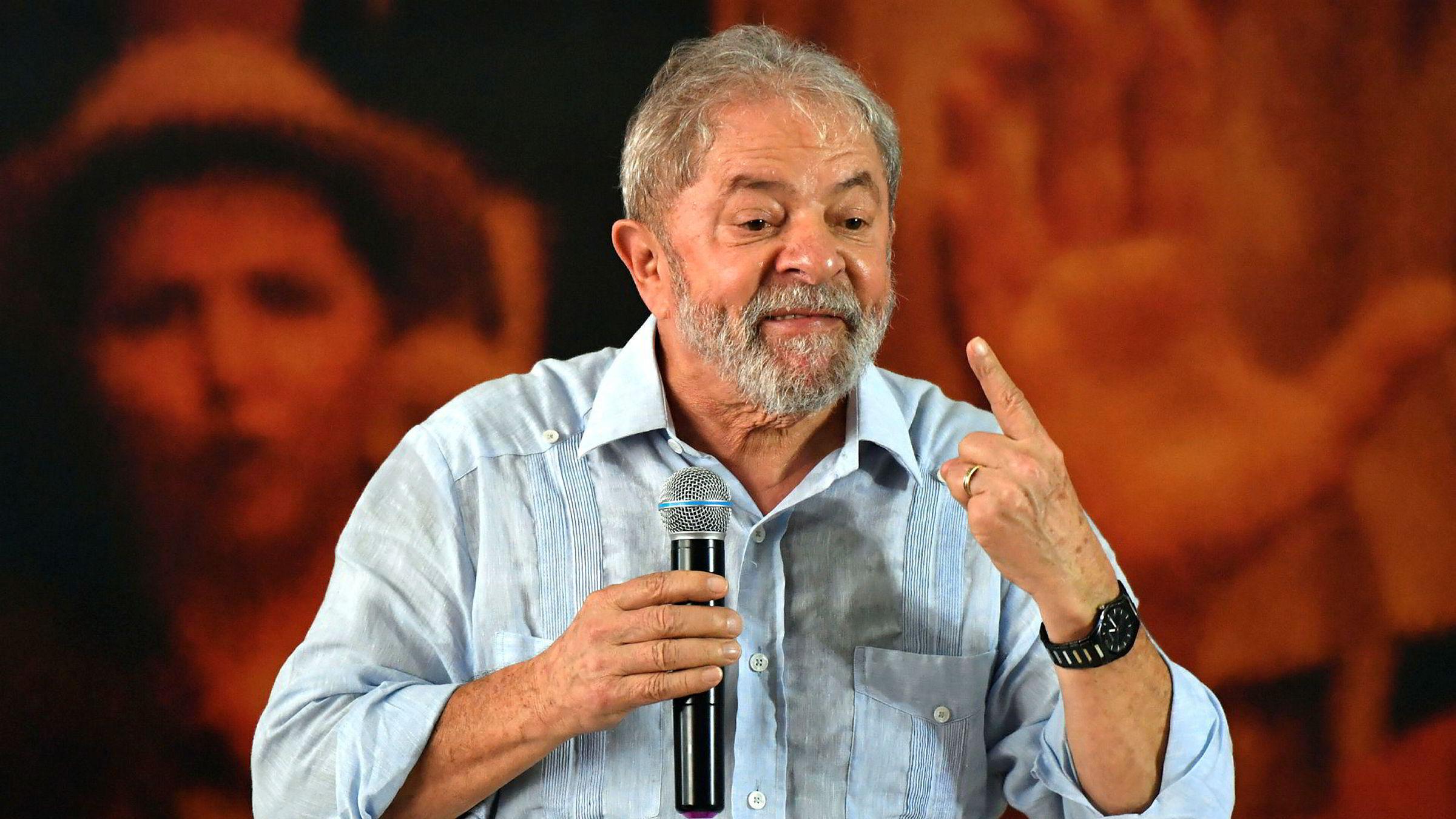 Onsdag ble korrupsjonsdommen mot ekspresident i Brasil, Luiz Inácio Lula da Silva, skjerpet fra 9,5 til 12 år i fengsel. Det har ikke stoppet Lula fra å opprettholde sitt kandidatur til høstens presidentvalg. Torsdag avholdt han et nytt kampanjemøte i São Paulo.