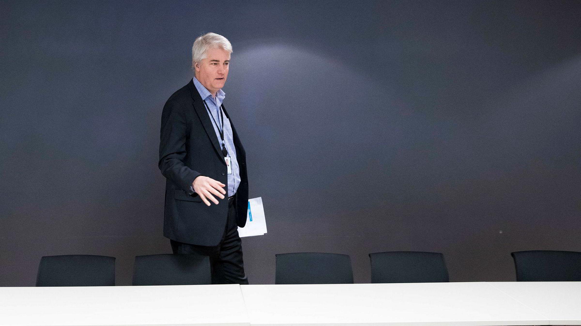 Sjeføkonom Øystein Dørum, her fra en tidligere presentasjon, i NHO la tirsdag frem arbeidsgiverorganisasjonens ferske undersøkelse blant medlemsbedriftene.