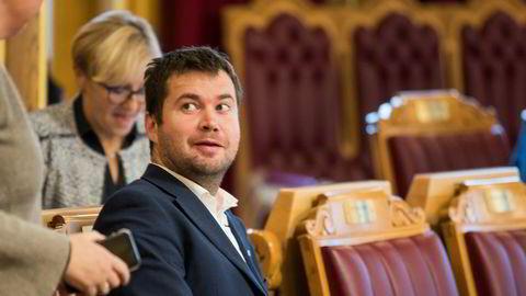 Senterpartiets stortingsrepresentant Geir Pollestad reagerer kraftig på regjeringens plan om å innføre en flat CO2-avgift også i landbruket. Foto: Berit Roald / NTB scanpix