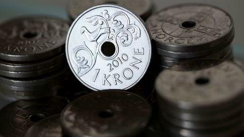 Kronekursen kollapset under koronakrisen. Tirsdag styrker den seg noe.