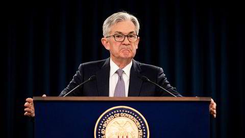 Fed-sjef Jerome Powell har vært et yndet mål for president Donald Trump, spesielt på Twitter. Presidenten har flere ganger i full offentlighet gått ut og kritisert Powell, og hevdet at sentralbanksjefen motarbeider han.