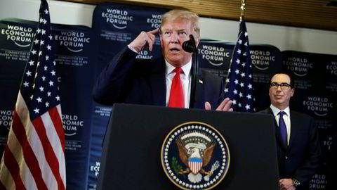 USAs president Donald Trump skylder på andre, men senket selv børsene onsdag.